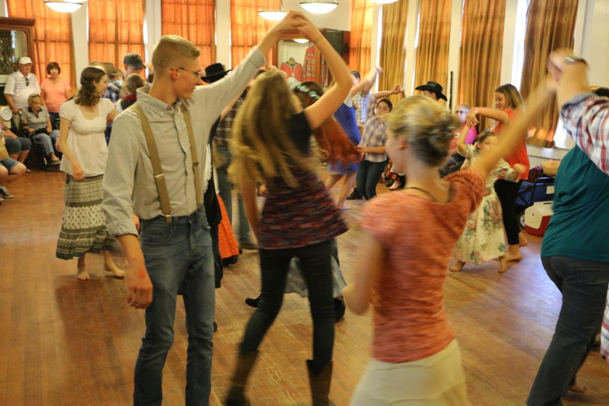 DanceIMG_9951.JPG